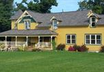 Location vacances Lake Orion - Shamrock Farms Bed and Breakfast-3
