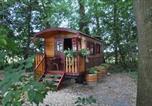 Location vacances Outines - Gite Insolite &quote;La Roulotte des Elfes&quote;, Au Milieu de Nulle Part-3