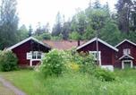 Location vacances Örebro - Two-Bedroom Holiday home in Vintrosa-3