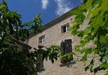Hôtel Chardonnay - Bed and Breakfast - Le Bourg-1