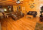 Location vacances Gatlinburg - Creekside Lodge by Majestic Mountain Vacations-1