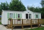 Camping avec Ambiance club Franche-Comté - Camping Du Bois De Reveuge-4