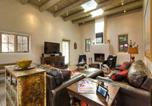 Location vacances Santa Fe - Eastside Compound Three-bedroom Holiday Home-2