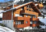 Location vacances Lauterbrunnen - Apartment Goldenhorn-2