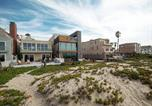 Location vacances Seal Beach - Oceanfront Stunner in Sunset Beach House-4