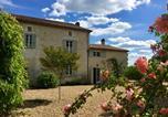Hôtel Saint-Julien-de-Crempse - The Garden Room-4