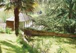 Location vacances Barbechat - Holiday Home Le vieux Chateau - 07-2