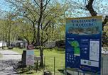 Camping en Bord de lac Chastanier - Camping Les Rives de l'Ardèche-1