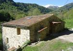 Location vacances Loubières - Gîtes Le Paradoxe des Pyrénées-3