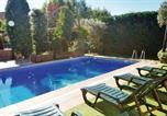 Location vacances Vilassar de Mar - Holiday home Cabrera de Mar 21 with Outdoor Swimmingpool-2