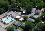 Camping avec Piscine Lagorce - Camping Le Coin Charmant-1