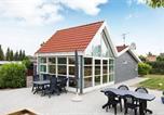 Location vacances Glesborg - Three-Bedroom Holiday home in Glesborg 55-1