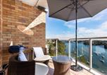 Location vacances Chatswood - ★ Serene & Modern Waterfront Greenwich Apartment ★-4