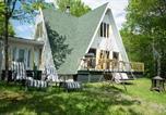 Location vacances Baie-Sainte-Catherine - 352-Maison sur le Lac-2