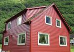Location vacances Aurland - Holiday home Gudvangen Gudvangen-3
