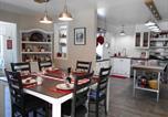 Hôtel One Hundred Mile House - Salmonberry Lane-2