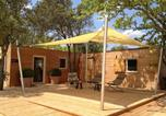 Location vacances Colonzelle - Lodges en Provence & Spa-1