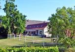 Location vacances Teterow - Doppel-Ferienhaus am Golfplatz-1