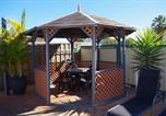Location vacances Kalbarri - Villa with 2 King beds and 2 bathrooms-4