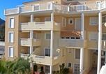 Location vacances  Villa Lea - Apartment Residencial Azahar Dénia-1