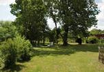 Location vacances Bourg-Sainte-Marie - Au Jardin-1