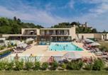 Location vacances Huismes - Residence Le Clos Saint Michel