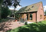 Location vacances Chardstock - Hazel Lodge E4248-1