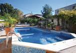 Location vacances Bagnols-en-Forêt - Holiday home Saint Paul en Foret with Mountain View 381-3