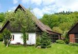 Location vacances Cervený Kostelec - Holiday home Fairytale-4