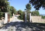 Location vacances Jouques - Maison d'hôtes la Garenne-3