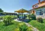 Location vacances Buje - One-Bedroom Apartment in Umag-2