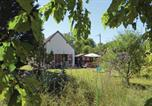 Location vacances Paulnay - Studio Holiday Home in Flere la Riviere-4