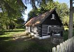 Location vacances Lomnice nad Popelkou - Chalupa Libunec-1