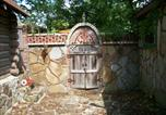 Location vacances Eureka Springs - Center Street Stone Cottage-2