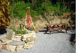 Location vacances Cailhau - Les Roulottes de Majou-4