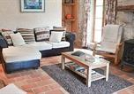 Location vacances Lauzun - Holiday Home Lauzun Rue Taillefer-3