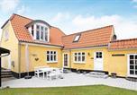 Location vacances Strandby - Holiday Home Niels Ii-1