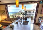 Location vacances Kahuku - Magnificent Two Bedroom Top Floor Beach Villa with Two Ocean View Lanais-4