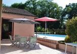 Location vacances Milhac-d'Auberoche - Holiday home Leyalie N-582-3