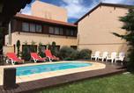 Hôtel Villa Gesell - Villa Olimpia Cabañas-1