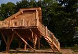 Location vacances Cernex - Cabane Perchée de l'orée des Bornes-1
