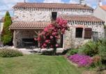 Location vacances Saint-Etienne-du-Bois - Rental Gite De Favet-2