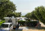 Camping Carpentras - Camping des Favards-1