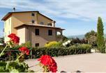 Location vacances Gualdo Cattaneo - Casale Ulivi-1