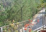 Location vacances Almora - Club Ten Pine Lodge-1
