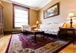 Location vacances Laval - Classic Mile-End Apartment-3