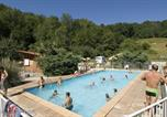 Camping avec Piscine Ustou - Flower Camping l'Arize-1
