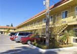 Hôtel Riverside - Sands Motel-3