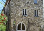 Location vacances Donzère - Gite Les Remparts-1
