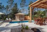 Location vacances Bagnols-en-Forêt - Five-Bedroom Holiday Home in Bagnols en Foret-3